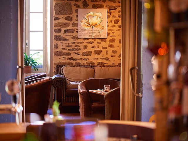 Le Petit Monde, indoor